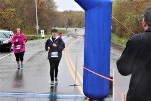 two women finishing a race